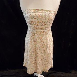 Floral strapless summer dress
